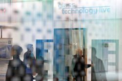 Program highlights glasstec, glass technology live